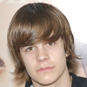 Johnny Simmons 8 of 9