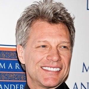 Jon Bon Jovi 6 of 10