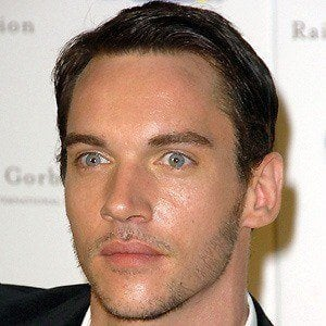 Jonathan Rhys Meyers 3 of 10