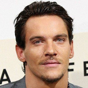 Jonathan Rhys Meyers 6 of 10