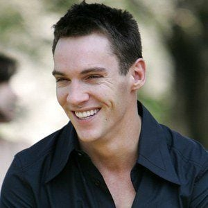 Jonathan Rhys Meyers 7 of 10