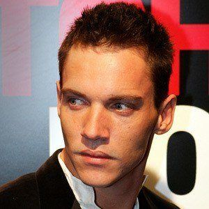 Jonathan Rhys Meyers 9 of 10