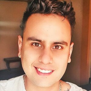Jonathan Vélez Muñoz 3 of 10
