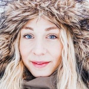 Jonna Jinton 2 of 7