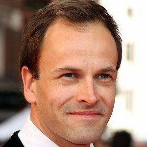 Jonny Lee Miller 3 of 9