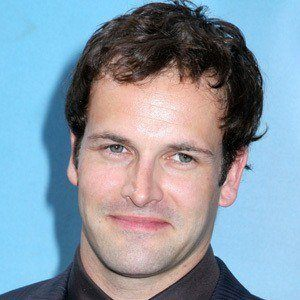 Jonny Lee Miller 8 of 9
