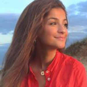 Jordana Lopes 6 of 10