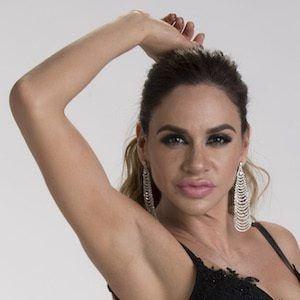 Joselyn Juncal 2 of 9