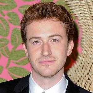 Joseph Mazzello 2 of 4