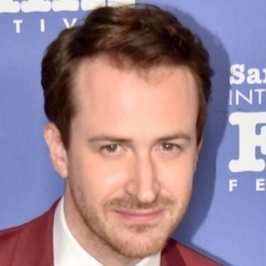 Joseph Mazzello 3 of 4