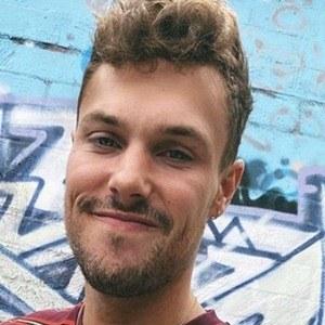 Josh Packham Headshot 9 of 10