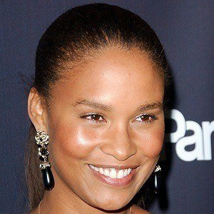 Joy Bryant 2 of 5