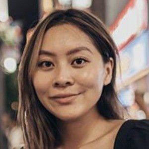 Joycelyn Linh 3 of 6