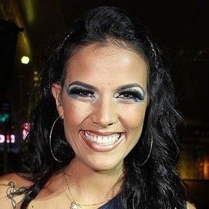 Ju Moraes Headshot 3 of 3