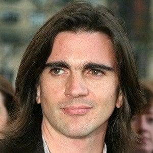 Juanes 8 of 10
