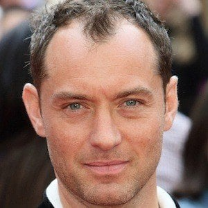 Jude Law - Bio, Facts, Family | Famous Birthdays
