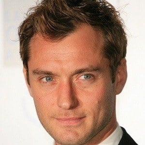 Jude Law 7 of 10