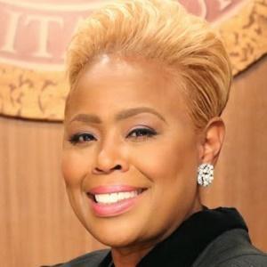 Judge Karen Headshot 4 of 4