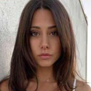 Judit Moreno Headshot 8 of 10