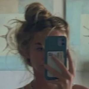 Julia Grace Headshot 4 of 4