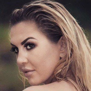 Julia Jaroszewska 3 of 9