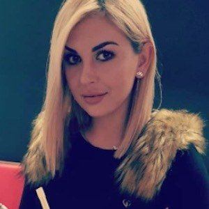 Julia Jaroszewska 4 of 9