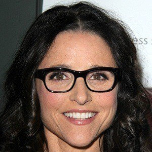 Julia Louis-Dreyfus 7 of 10