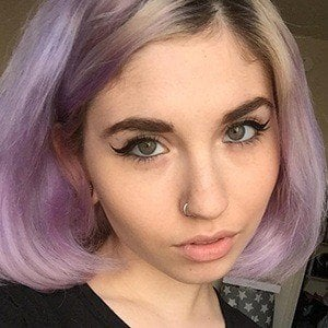 Julia Pierce 4 of 6