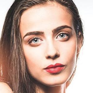 Julia Tomasone 9 of 10