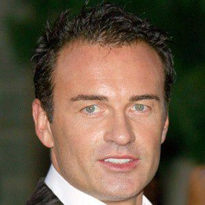 Julian McMahon 7 of 9