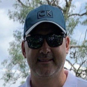 Julián Vásquez Headshot 4 of 10