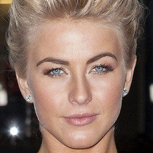 Julianne Hough 2 of 10