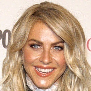 Julianne Hough 9 of 10