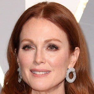 Julianne Moore 6 of 10