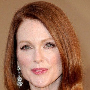 Julianne Moore 8 of 10