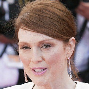 Julianne Moore 9 of 10
