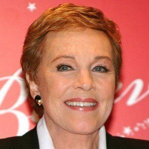 Julie Andrews 4 of 10
