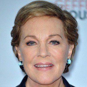 Julie Andrews 5 of 10