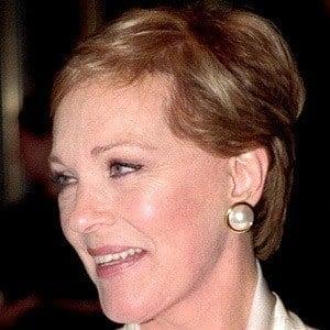 Julie Andrews 9 of 10
