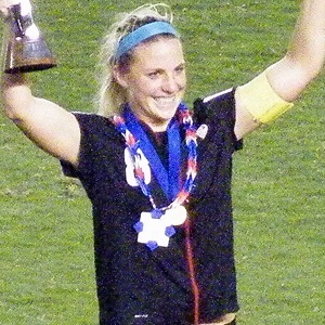 Julie Ertz 3 of 3