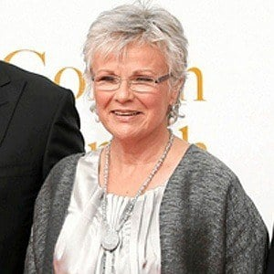 Julie Walters 5 of 8