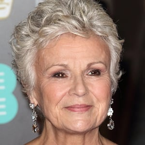 Julie Walters 7 of 8