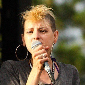 Juliet Simms 5 of 6