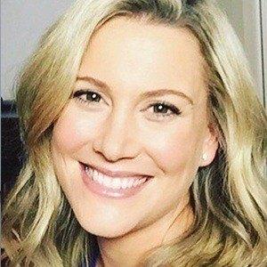 Justine Schofield Headshot 3 of 6