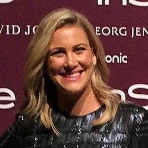 Justine Schofield Headshot 6 of 6
