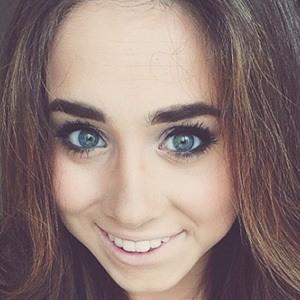Kacey Laine 3 of 5