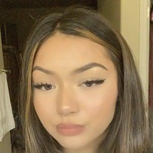 Kailey Amora Headshot 7 of 10