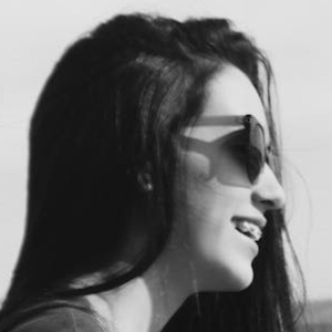 Kaitlyn Oliveira 5 of 7