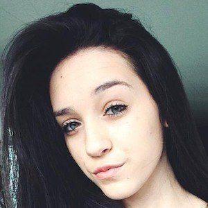 Kaitlyn Oliveira 6 of 7