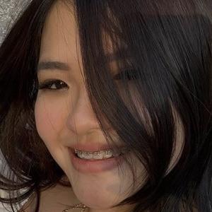 Kaiyan Xue Headshot 2 of 10